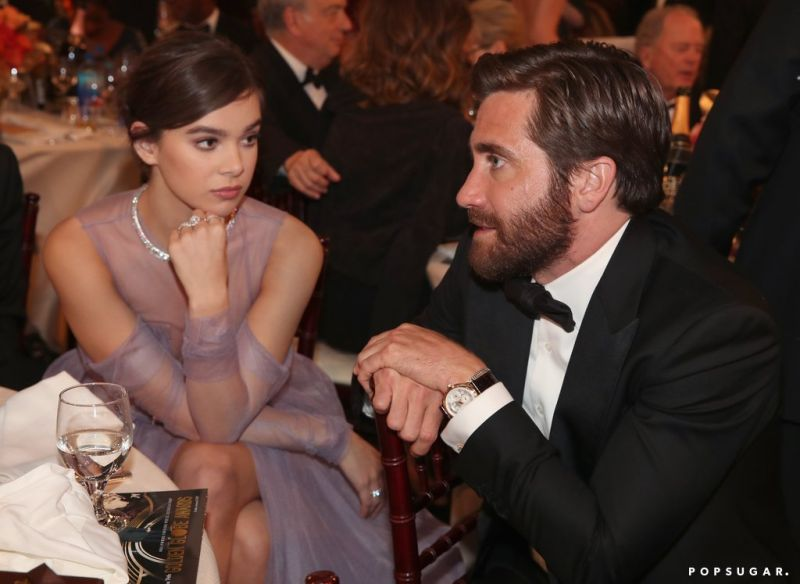 ailee Steinfeld looked either very mesmerized or very bored by Jake Gyllenhaal.