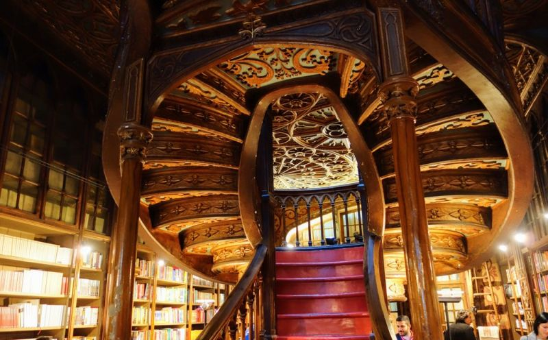 Harry-Potter-Bookstore-Portugal-2