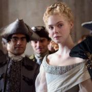 'The Great': Iσως το πιο κομψό δράμα εποχής από την εποχή του 'Marie Antoinette'