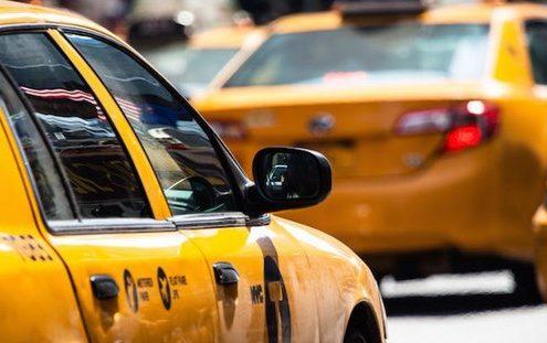 Ένας ταξιτζής άλλαξε την κοσμοθεωρία μίας συντάκτριας