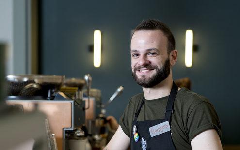 Ένας barista μας περιγράφει τα 30 πρώτα λεπτά στη δουλειά