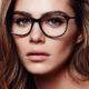 Το trick που θα λατρέψεις αν έχεις βαρεθεί να χαλάει το μακιγιάζ σου επειδή φοράς γυαλιά