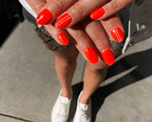 Όλα όσα χρειάζεται να ξέρεις για την τεχνική των dip powder nails
