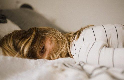 Αν θέλεις να απαλλαγείς από το άγχος, πάψε να το πολεμάς