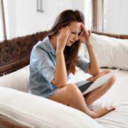Αν το σώμα σου κάνει αυτά τα 8 πράγματα τότε ο εγκέφαλός σου δεν περνάει και πολύ καλά
