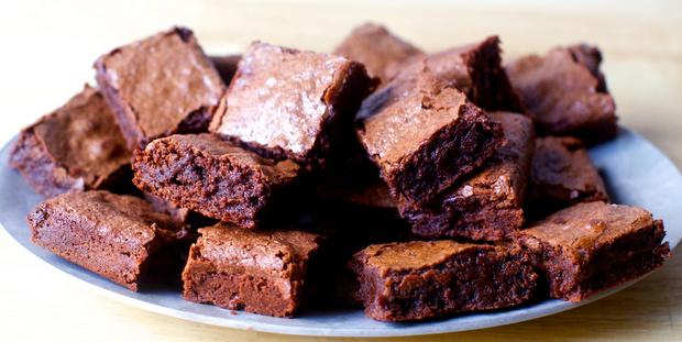 Αυτή η συνταγή για brownies θα σου λύσει δύο προβλήματα