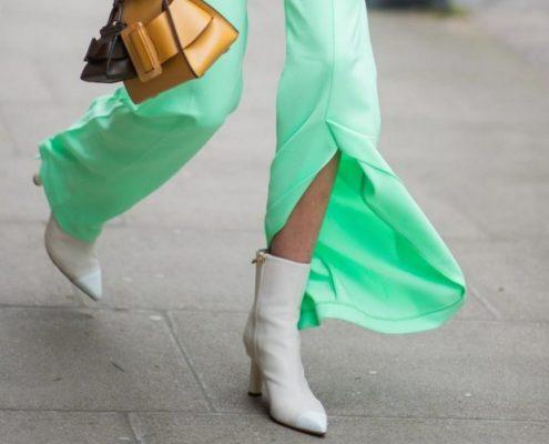 Αυτό το ανοιξιάτικο trend προσθέτει ένα sexy, ανάλαφρο στοιχείο στα παντελόνια μας