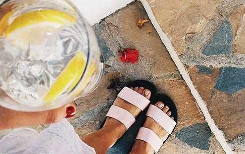 Γιατί είναι σημαντικό το να πίνεις αρκετό νερό μέσα στη μέρα