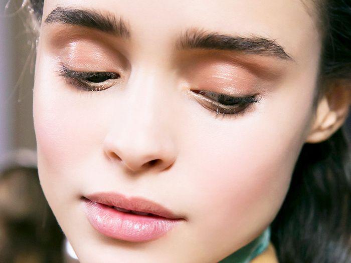 Γιατί πρέπει να δώσεις μια ευκαιρία στο transparent lip liner