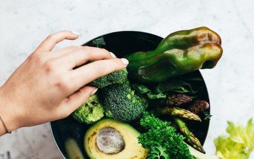 Δεν τρως πολύ αλλά νιώθεις φούσκωμα, τι μπορεί να συμβαίνει σύμφωνα με τη διαιτολόγο