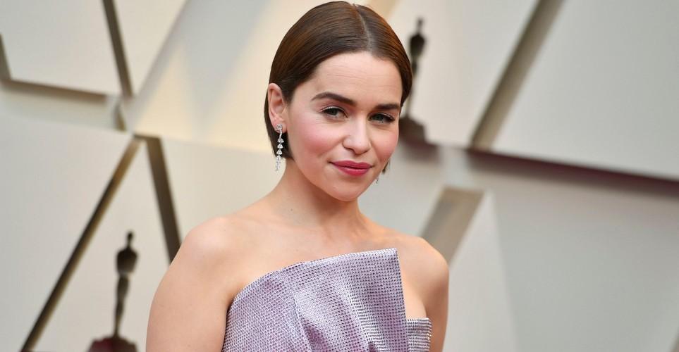 Εντάξει μας άγχωσε λίγο η αντίδραση της Emilia Clark στο τέλος του Game of Thrones