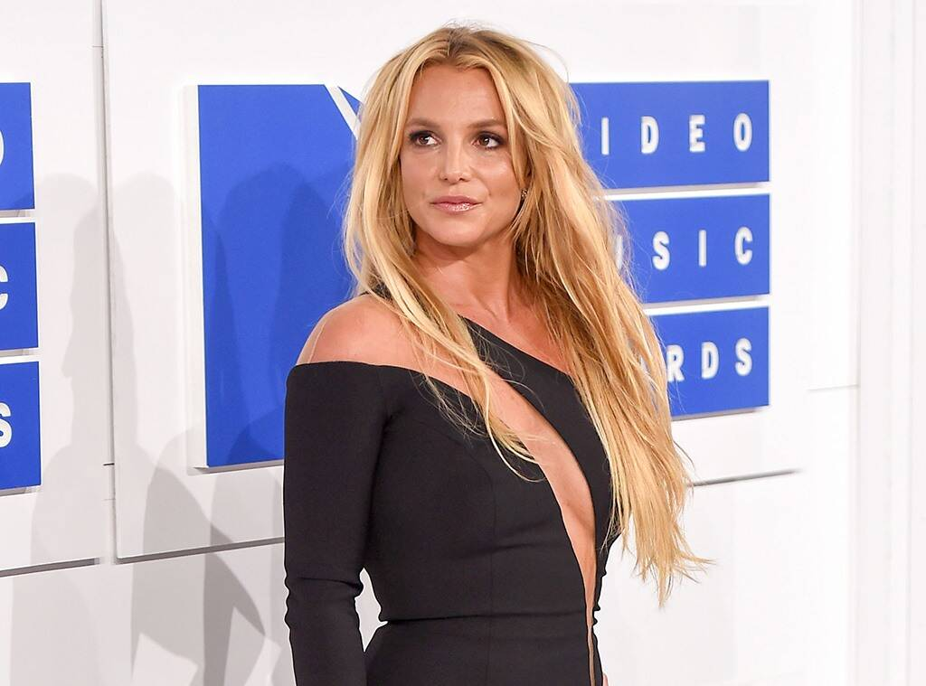 Επιτέλους ελεύθερη: ο πατέρας της Britney Spears παραιτήθηκε από την κηδεμονία