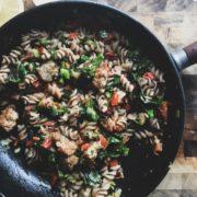 Ζυμαρικά με λαχανικά που θα ετοιμάσεις σε 15 λεπτά