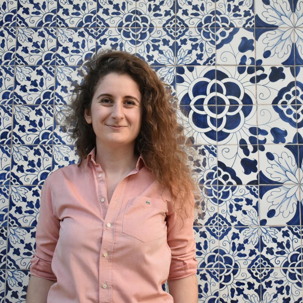 Η Αντωνία Μαρκοβίτη ισορροπεί κάπου ανάμεσα στα ταξίδια, τη δικηγορία και την προώθηση της ελληνικής φιλοξενίας