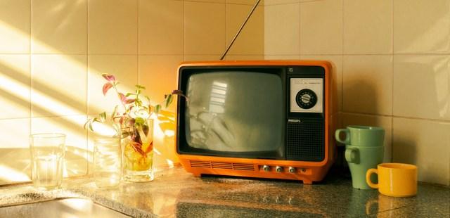Η γενιά που αποφεύγει να δει τον εαυτό της στην τηλεόραση1