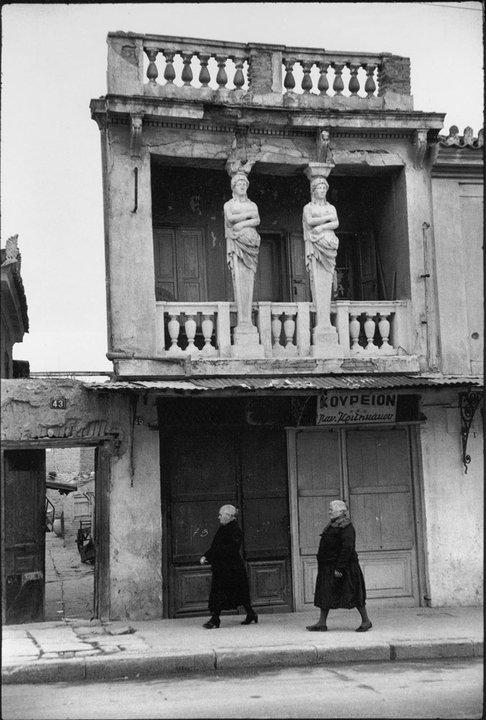 Η μυθολογια της Ελληνικης Μνημης (4)