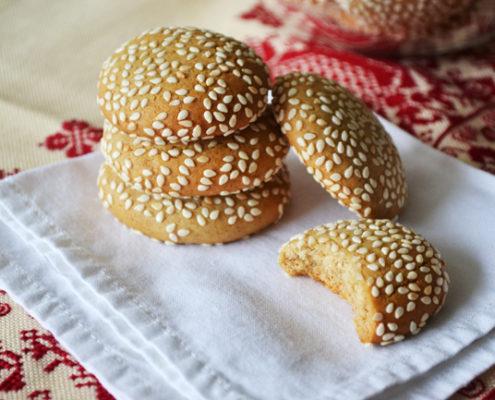 Η συνταγή για μπισκότα με ταχίνι και μέλι