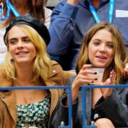 Η Cara Delevigne και η Ashley Benson έχουν μια ωραία ιστορία να πουν σε όποιον τις ρωτήσει πώς γνωρίστηκαν