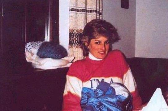 Η Diana, το black sheep jumper και το eternal appeal της γκαρνταρόμπας της Βρετανής πριγκίπισσας