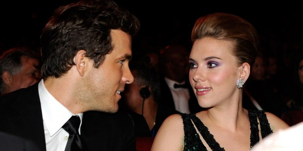Η Scarlett Johansson δήλωσε πως δεν ήταν καθόλου έτοιμη για αυτό όταν παντρεύτηκε τον Ryan Reynolds