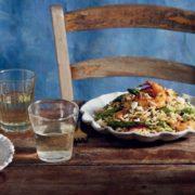 Κριθαρότο με γαρίδες, σπαράγγια και φέτα