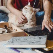 Μερικές ιδέες για να ξεφύγεις από τη ρουτίνα που δημιούργησε η δουλειά από το σπίτι