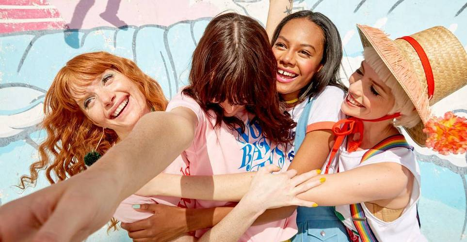 Οι φιλίες αλλάζουν λίγο πριν τα 30 με αυτούς τους τέσσερις τρόπους