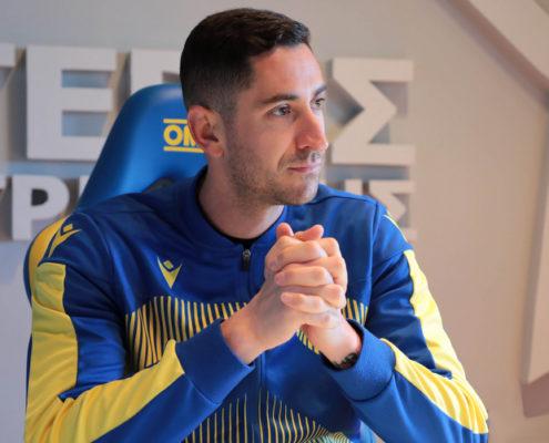 Ο Νίκος Παπαδόπουλος μας εξηγεί τι είναι offside και τι τον έχει διδάξει το ποδόσφαιρο για τη ζωή
