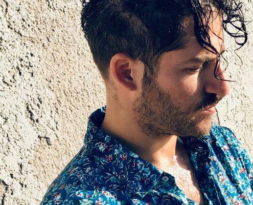 Ο Νικόλας Ανδρουλάκης πιστεύει πως οι άνθρωποι είμαστε κύματα