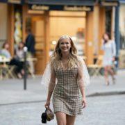 Ποια είναι η Camille του Emily In Paris;