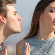 Πρέπει να ακούς το ένστικτό σου στα ραντεβού;