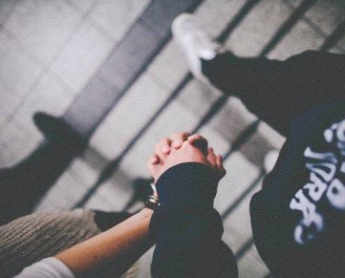 Πώς να αντιμετωπίσεις τα νέα πως ο πρώην σου βρήκε νέο έρωτα