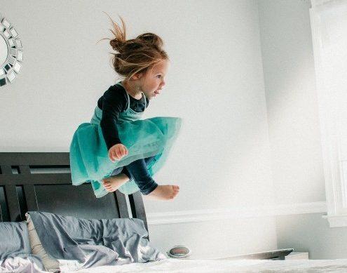 Πώς να κρατήσεις τα παιδιά σου απασχολημένα όταν βρίσκονται στο σπίτι;