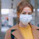 Πώς να πλένεις και να επαναχρησιμοποιείς σωστά τη μάσκα σου