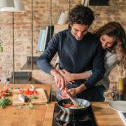 Σάλτσες με τρία μόνο υλικά για να κάνεις πιο γευστικά τα λαχανικά σου