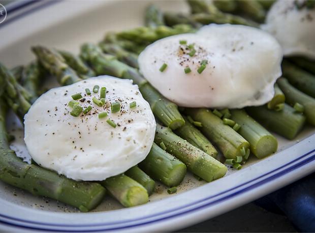 Σπαράγγια-με-αυγά-πρωινό-healthy-breakfast-2