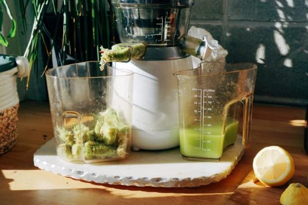 Σύμφωνα με τον Anthony William o celery juice είναι ένας θαυματουργός χυμός