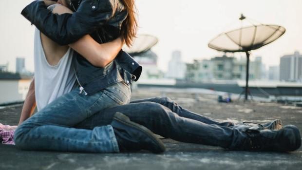 Τα έξι ζευγάρια ζωδίων που κάνουν τις πιο παθιασμένες σχέσεις