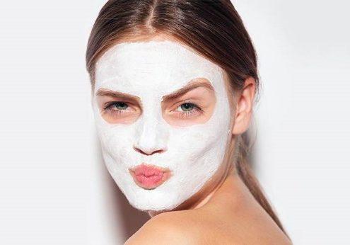Τα οφέλη που ανέδειξαν τη μάσκα αργίλου σε απαραίτητο προϊόν του skincare