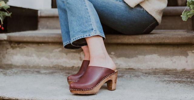 Τα παπούτσια της άνοιξης είναι τα clogsΤα παπούτσια της άνοιξης είναι τα clogs