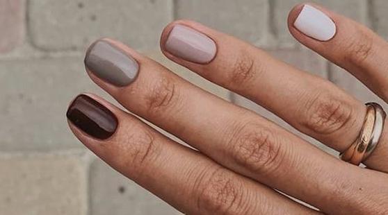 Τα φθινοπωρινά χρώματα για νύχια που ξεφεύγουν από τα κλασικά