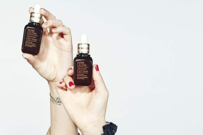 Τα 5 serum που αξίζει να εντάξεις στη ρουτίνα σου ανάλογα με τις ανάγκες τις επιδερμίδας σου