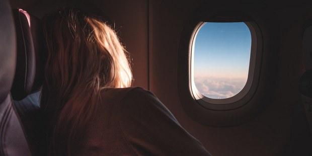Τα 6 πράγματα που πρέπει να έχεις μαζί σου πριν την επιβίβαση στο αεροπλάνο