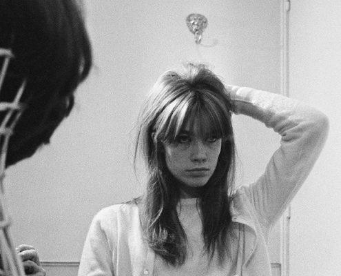 Τα french girls έχουν να σου μάθουν 5 βασικά μυστικά για τα μαλλιά