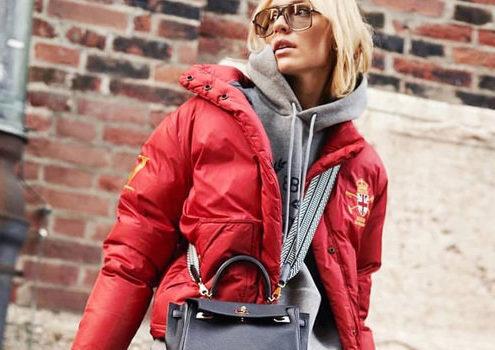 Τα hoodies είναι το κομμάτι-κλειδί που θα ολοκληρώσει το χειμερινό σου layering