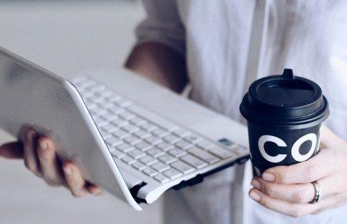 Τι χρειάζεται να γνωρίζεις εάν έχεις αποφασίσει φέτος να κόψεις τον καφέ