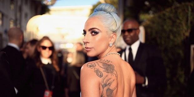 Το καινούργιο tattoo της Lady Gaga αποτελεί tribute στο A Star Is Born