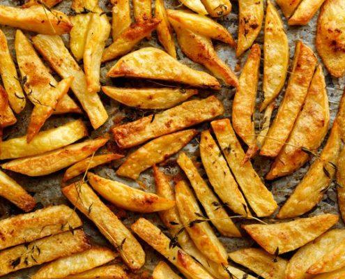 Το κόλπο για να φτιάξεις τις πιο νόστιμες πατάτες φούρνου