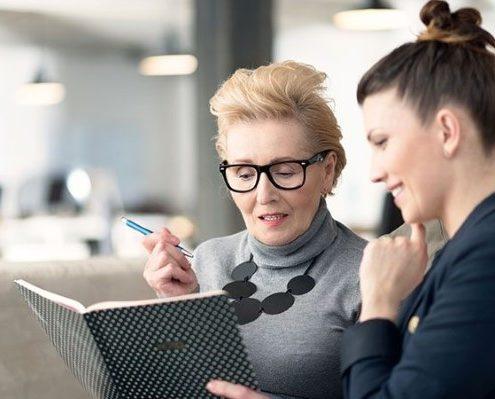 Το να βρεις μέντορες στη δουλειά μπορεί να σου δώσει κάτι παραπάνω από έμπνευση