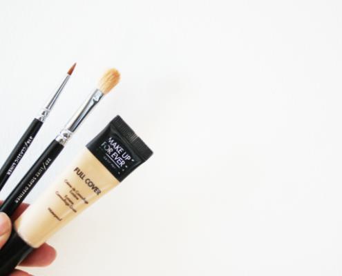 Το pinpoint concealing είναι η πιο χρήσιμη τεχνική που μάθαμε από τον makeup artist της Kim Kardashian